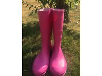 Ladies pink wellies - size 5