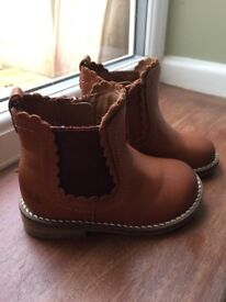 Next younger girls boots size 5