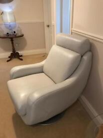 Gorgeous white chair