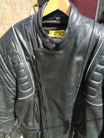 Men's Black leather Jacket Size 48-50ins