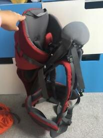 Baby/toddler carrier