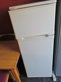 Fridge Freezer BEKO Glacier in White