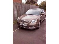 Toyota Avensis Full black leather sat nav auto wipers