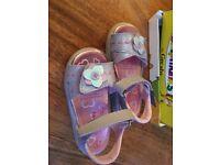 Little girls size 6 sandals