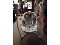 Graco loving hug baby swing