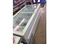 Commercial freezer sliding glass doors