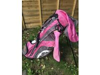 Ladies Sun Moutain golf carry bag, very light and easy to carry