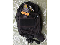 Vanquest JAVELIN 3.0 VSlinger Left-Shoulder Sling Pack (Black). Unused with tags!