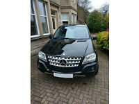 Mercedes-Benz M Class 3.0 ML300 CDI BlueEFFICIENCY