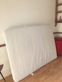 Excellent nearly new mattress 190x135cm