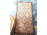 Vintage antique patterned carpet rug / mat
