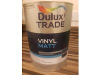 Dulux Trade Vinyl Matt Paint Magnolia