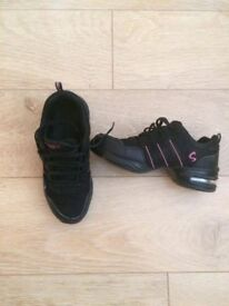 Girls or ladies Jazz dance shoes size 6