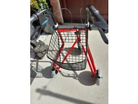 3 WHEELED MOBILITY WALKER WITH BASKET