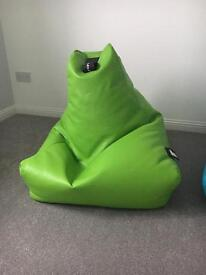 Extreme Lounging Bean Bag Lime
