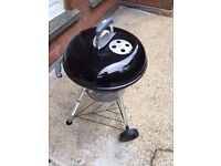 Weber Charcoal Grill w free charcoal!