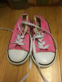 96feb7b5f8 Dunlop Canvas Shoes (Toddler Size 8)