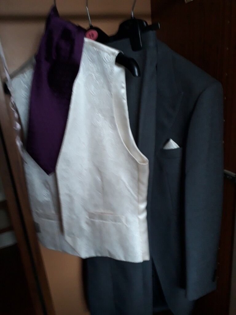 Mens Morning Wedding Suit | in Beeston, Nottinghamshire | Gumtree