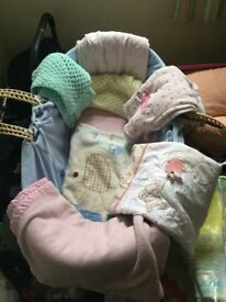 Moses basket and accessories