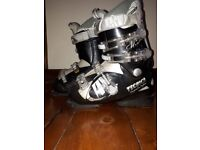 Womens TECNICA ski boots size 5. Used, skuff marks. However, the boots a structurally sound