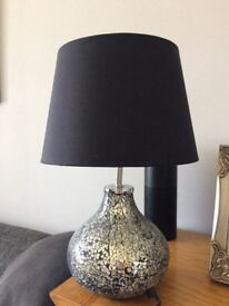 Crackle mirror lamp