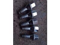 BMW Steel wheel nuts for steel wheels x5
