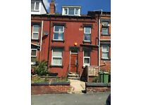 Large 2 bedroom Property With Garden Avilable