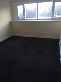 2 BEDROOM HOUSE TO LET £100 PER WEEK (UNFURNISHED)