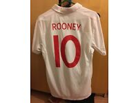 Men's size S England Jersey with #7 Beckham print on back
