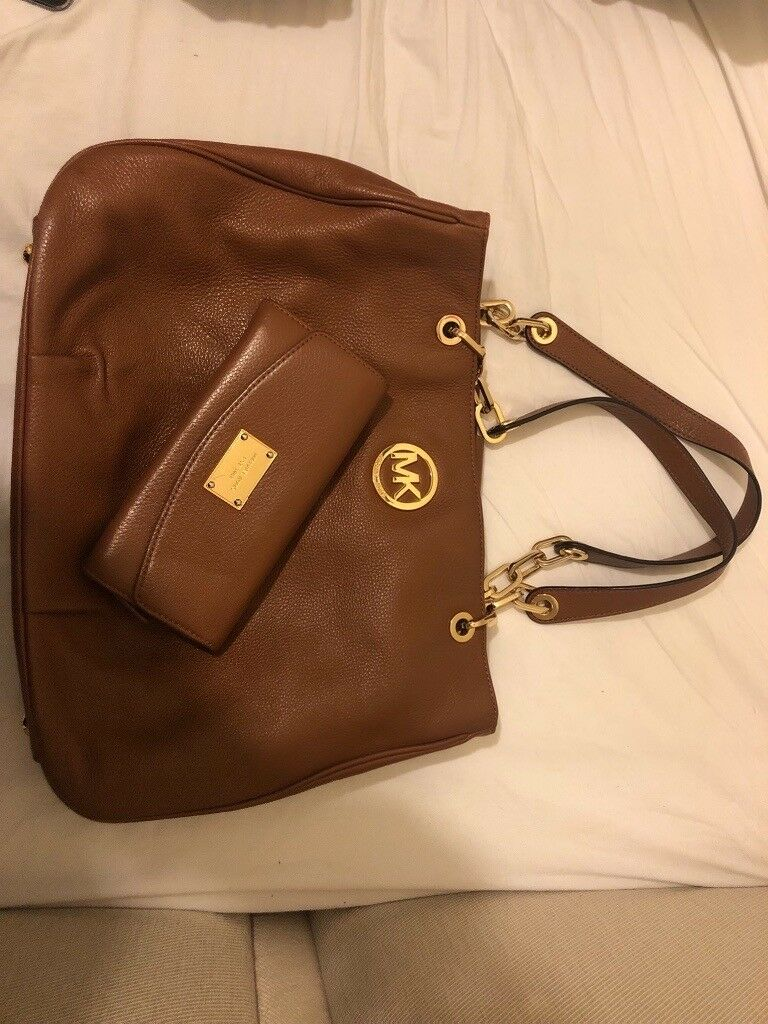 d643a42407e1b6 Used Michael Kors Handbag and Purse | in Aylesbury ...