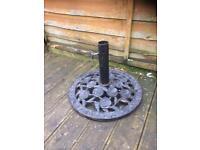 large heavy cast iron rose design parasol base £15