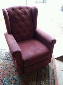 Pride lift and rise plum upholstered chair