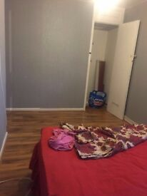 ***DOUBLE ROOM TO RENT IS AVAILABLE IN RECENTLY FURNISHED 3 BED HOUSE***