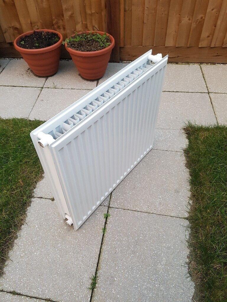 Radiator, double panel, white. 700x600