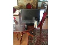 Small flat screen tv with remote