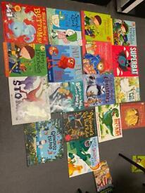 Book bundle 17 kids books
