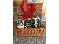 Luxury Christmas wicker picnic basket hamper