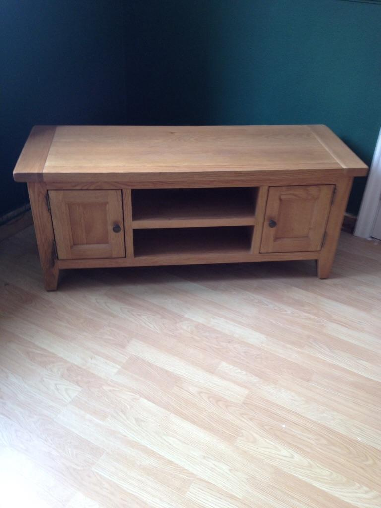Vancouver Large Oak Tv Cabinet In Wirral Merseyside