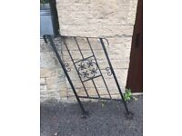 Wrought Iron step up Railing for garden steps furniture gate fencing