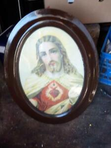 ANTIQUE SACRED HEART OF JESUS OVAL PICTURE