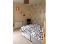 Large double room for rent. £420pcm Carmondean, Livingston