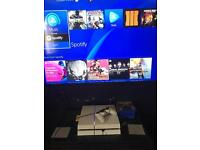 PlayStation 4 glacier white 500gb boxed
