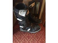 boys motorbike boots (size 2)