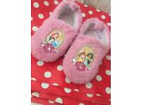 Disney princess size 7-8 kids night slippers
