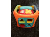 Activity cube with lights & sounds from early learning centre