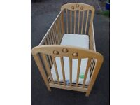 Mothercare Cot Bed With Organic The Little Green Sheep Mattress 120 x 60 cm Belfast BT8