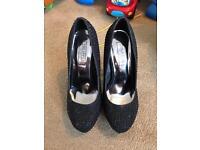 Black sparkly platform heels size 4