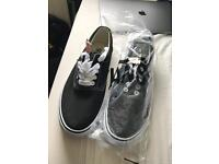 Vans era black size UK9 never worn with tags