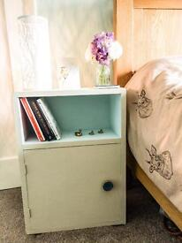 Beautiful pair of vintage bedside cabinets