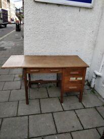 Oak desk(antique )